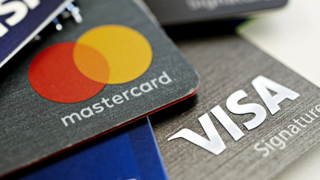 payment processing fee by credit card associations